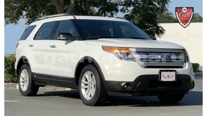 Big with watermark ford explorer baa import dubai 3201