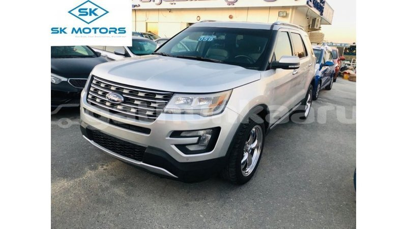 Big with watermark ford explorer baa import dubai 3274