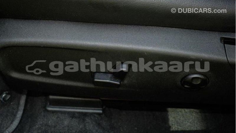 Big with watermark dodge charger baa import dubai 3642