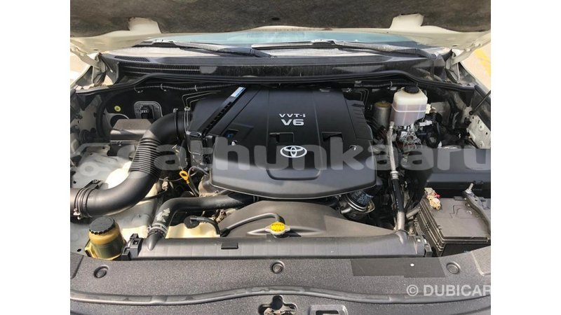 Big with watermark toyota land cruiser baa import dubai 3661